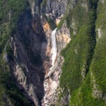 boka waterfall from the plane panoramic flights; photo by: Tatjana Wojčicki