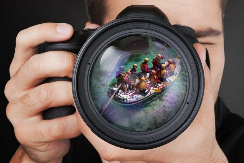 camera with rafting reflection