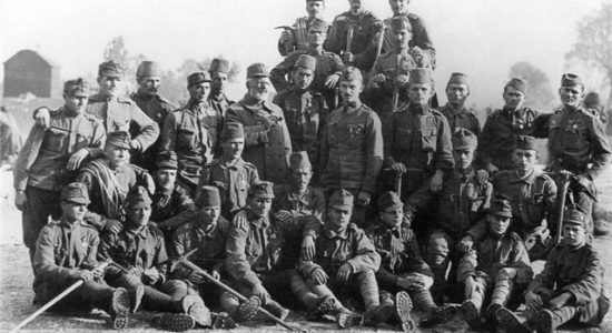 group of soldiers from isonzo front with julius kugy