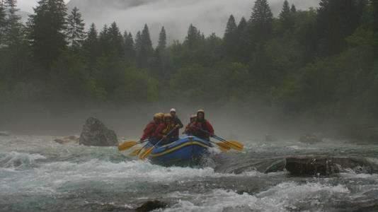 rafting-rain-soca-river